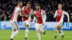 Indosport - David Neres menjebol gawang Juventus di awal babak kedua saat 8 besar Liga Champions 2019, Kamis (11/04/19), di Amsterdam Arena.