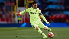 Indosport - Lionel Messi diprediksi masih bisa bermain selama tiga atau empat tahun lagi oleh Xavi Hernandez. Quality Sport Images/Getty Images.