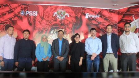 Perwakilan PSSI saat bertemu dengan Perwakilan FIFA dan AFC Kamis (11/04/19). - INDOSPORT