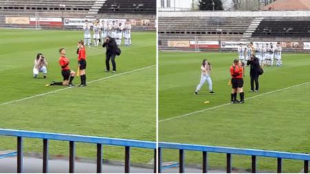 Asisten Wasit di Rumania melamar kekasihnya jelang pertandingan sepak bola, Jumat (12/04/19). - INDOSPORT
