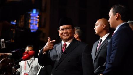 Calon Presiden nomor urut 02, Prabowo Subianto, dalam Debat Pamungkas Kelima Capres-Cawapres, Sabtu (13/04/19), di Hoten Sultan - INDOSPORT