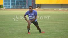 Indosport - Mantan striker Persija U-21 Ahmad Ikhwan yang kini ikut latihan bersama Sriwijaya FC. (Muhammad Effendi/INDOSPORT)