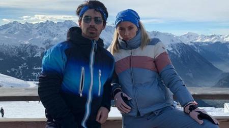 Joe Jonas dan Sophie Turner akan segera menikah. - INDOSPORT