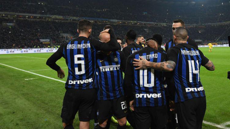 Selebrasi pemain Inter Milan usai menang lawan Frosinone dalam laga lanjutan Seri A, Italia, Senin (15/04/19) Copyright: FC Inter 1908