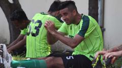 Indosport - Otavio Dutra berlatih rutin dengan Persebaya.