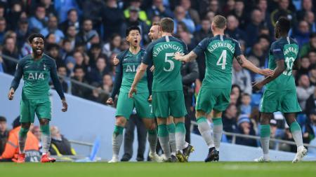 Son Heung-Min mencetak dua gol ke gawang Manchester City. - INDOSPORT