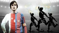 Indosport - Johan Cruyff, bapak sepak bola dunia yang diabadikan sebagai nama stadion.