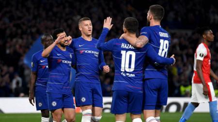 Selebrasi pemain Chelsea usai cetak gol ke gawang Slavia Praha di perempatfinal Liga Europa 2018/19, Jumat (19/04/19), di Stamford Bridge. - INDOSPORT