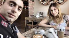 Indosport - Artur Gevorkyan saat berkencan bersama istrinya