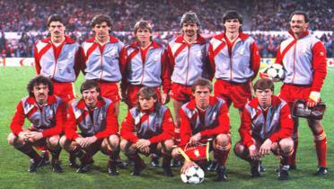 Flashback Kejayaan Klub-klub Inggris di Eropa 35 tahun Silam: Liverpool Menangis di Laga Puncak