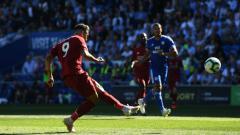 Indosport - Roberto Firmino gagal memanfaatkan peluang yang ia dapatkan di depan gawang Cardiff.