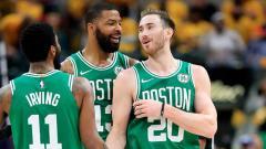 Indosport - Boston Celtics memastikan diri melaju ke semifinal  NBA Playoffs 2019.