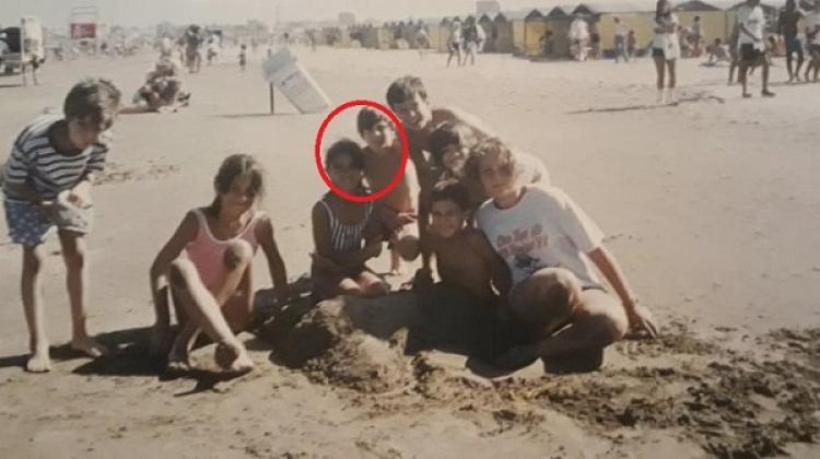 Lionel Messi dan Antonella Roccuzzo saat masih kecil. Copyright: Matias Pecce