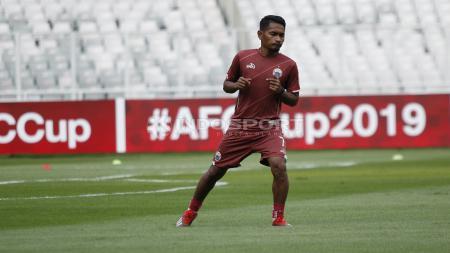 Ramdani Lestaluhu mengalami cedera patah tulang bahu saat bermain di laga Yordania vs Timnas Indonesia. - INDOSPORT