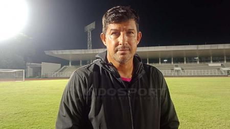 Angel Alfredo Vera berharap bisa meraih tiga poin saat menjamu Madura United. - INDOSPORT