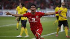 Indosport - Sandi Sute melakukan selebrasi usai cetak gol ke gawang Ceres Negros pada laga keempat Piala AFC 2019. Herry Ibrahim/INDOSPORT