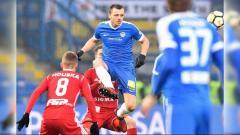 Indosport - Eks Timnas Serbia U-21, Milos Bosancic yang akan segera gabung Persela Lamongan di Liga 1 2019. Foto: Instagram@milosbosancic88