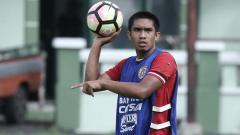 Indosport - Nasib tiga pemain seleksi klub papan atas Liga 1 PSM Makassar ada di tangan pelatih asing anyar yang belum jua bergabung hingga saat ini.
