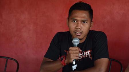Pemain Persija Jakarta, Tony Sucipto pada jumpa pers jelang laga babak 8 besar Piala Indonesia antara Bali United vs Persija, Kamis (25/4/19). Foto: Media Persija/Khairul Imam - INDOSPORT