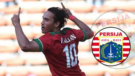 Ezra Walian Dirumorkan ke Persija Jakarta jelang Liga 1 2019. (indosport) - INDOSPORT
