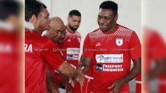 Indosport - Godstime Ouseloka (Olisa) bergabung dengan Persipura Jayapura. Foto: Instagram@persipurapapua1963