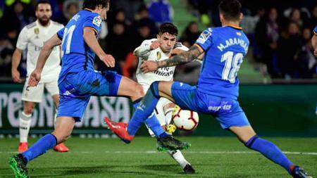 Klub raksasa LaLiga Spanyol, Real Madrid, bakal melepas tiga pemain bintangnya di bursa transfer musim panas ini, salah satunya adalah incaran AC Milan. - INDOSPORT