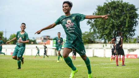 Persebaya Surabaya U-16 meraih peringkat tiga Elite Pro Academy Liga 1 U-16 2019 usai mengalahkan Persija Jakarta 1-0 di Stadion Sultan Agung, Minggu (06/10/19). - INDOSPORT