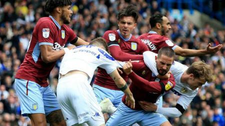 Aston Villa ternyata memainkan jumlah laga yang lebih banyak di Liga Primer Inggris ketimbang sang kampiun musim ini, Manchester City. - INDOSPORT