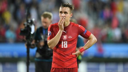 Josef Sural saat membela Timnas Ceko di Euro 2016. - INDOSPORT