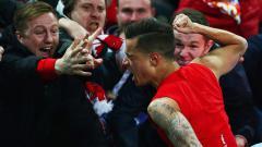Indosport - Philippe Coutinho kembali dikait-kaitkan dengan mantan klubnya Liverpool. 3 alasan berikut membuat Liverpool sebaiknya tak lagi mengembalikan Philippe Coutinho ke Liga Inggris.