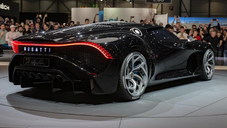 Mobil termahal dunia, Bugatti La Voiture Noire yang akan dimiliki Cristiano Ronaldo. Copyright: Martyn Lucy/Getty Images