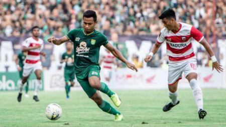 Osvaldo Haay di pertandingan Persebaya vs Madura United pada Piala Presiden 2019 kemarin di Stadion GBT. - INDOSPORT