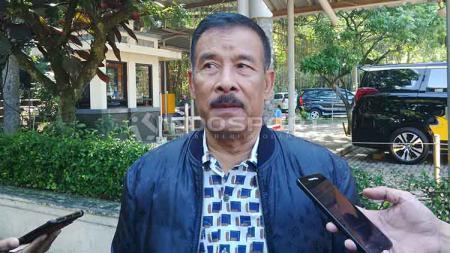 Manajer Persib, Umuh Muchtar di Lapangan Saraga ITB, Kota Bandung. - INDOSPORT