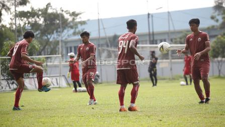 Suasan latihan Persija Jakarta jelang leg kedua babak 8 besar Piala Indonesia lawan Bali United di Lapangan PS AU TNI Halim Perdanakusuma, Jakarta Timur, Jumat (03/05/19). Foto: Herry Ibrahim/INDOSPORT