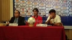 Indosport - Pernyataan Pelatih Bali United, Stefano Cugurra Teco jelang laga leg kedua babak 8 besar Piala Indonesia besok di Stadion Wibawa Mukti Cikarang, Sabtu (4/5/19). Foto: Zainal Hasan/INDOSPORT