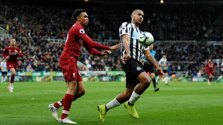 Eks penyerang Newcastle United, Salomon Rondon, resmi gabung klub Liga Super China, Dalian Yifang. - INDOSPORT