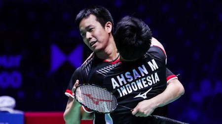 Mohammad Ahsan/Hendra Setiawan berhasil melenggang ke perempat final Indonesia Open 2019. - INDOSPORT