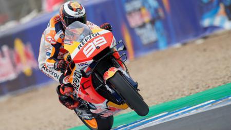 Jorge Lorenzo dan timnya, Repsol Honda, akan mencoba hal baru ketika nanti berlaga di Montegi yang merupakan tuan rumah MotoGP Jepang. Jose Breton/NurPhoto via Getty Images. - INDOSPORT