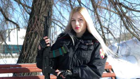 Anna Khramtsova pengawal pribadi presiden Rusia, Vladimir Putin. - INDOSPORT
