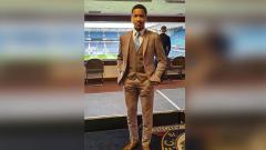Indosport - Tak ada lagi kompetisi sepak bola akibat corona membuat pemain berdarah Indonesia di Liga Inggris, Joseph Ferguson Simatupang mengeluarkan unek-uneknya.