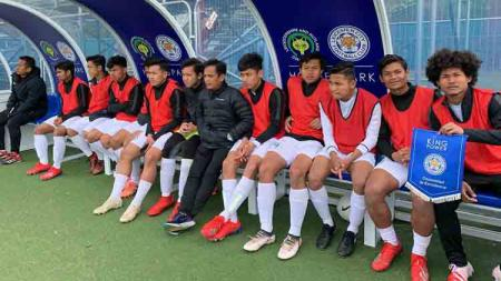Garuda Select dalam laga uji coba melawan Leicester City U-17. - INDOSPORT