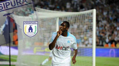 Pemain asing baru Persipura Jayapura, Mamadou Samassa saat masih membela Marseille. Foto: OM - INDOSPORT