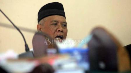 Sidang kedua kasus mafia bola, saat memberikan keterangan di dalam ruang sidang. Foto: Ronald Seger Prabowo/INDOSPORT - INDOSPORT