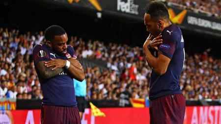 Alexandre Lacazette bisa jadi pengganti Pierre-Emerick Aubameyang di klub Liga Inggris, Arsenal. - INDOSPORT