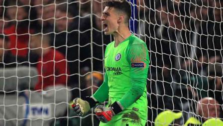 Inilah pahlawan Chelsea, Kepa Arrizabalaga yang berhasil menggagalkan 2 tendangan penalti dari pemain Frankfurt.