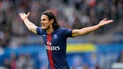 Indosport - Striker Paris Saint-Germain, Edinson Cavani, dikabarkan bakal resmi gabung ke klub tenar Serie A Liga Italia, AS Roma, mulai Selasa atau Rabu minggu ini.