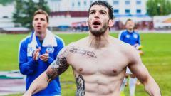 Indosport - Rotkovic Luka saat melakukan selebrasi FK Dinamo Minsk.