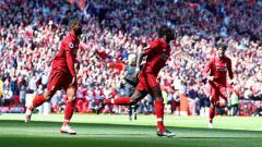 Indosport - Aksi selebrasi Sadio Mane usai mencetak gol ke gawang Wolves. Chloe Knott - Danehouse/Getty Images