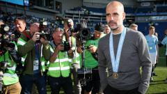 Indosport - Pelatih Manchester City, Pep Guardiola, menegaskan dirinya akan bertahan di The Citizens bersama para pemain yang setia jika bandingnya ditolak