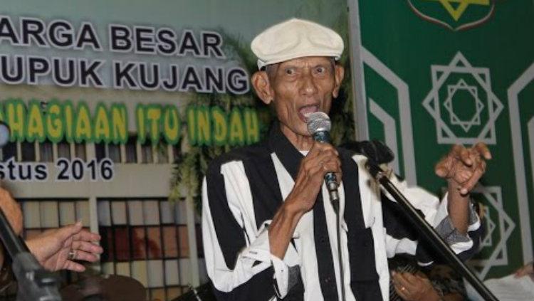 Komedian dari Jawa Barat Rudy Djamil yang sempat mengkritik Persib Bandung pada 2013. Copyright: Arief Rachmat/YouTube